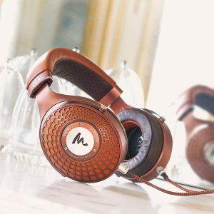 best closed-back headphones under $3000