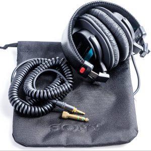 MDR-7506 review - professional large diaphragm headphones